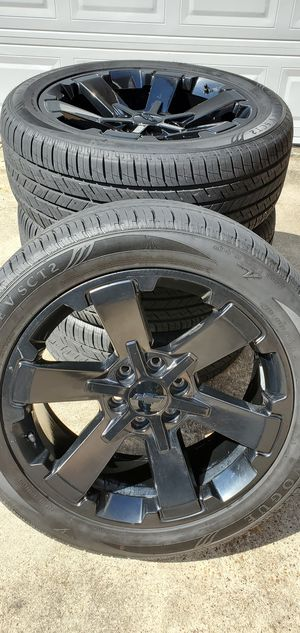 """22"""" Chevy Silverado wheels and tires for Sale in Humble, TX"""