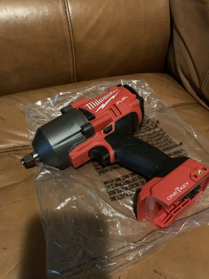 M18 fuel ONE-KEY brushless 1/2 impact wrench for Sale in Richmond, CA