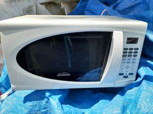 White Microwave for Sale in Philadelphia, PA