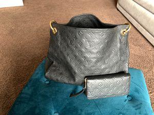 Louis Vuitton Artsy & Zippy Wallet Set for Sale in Las Vegas, NV