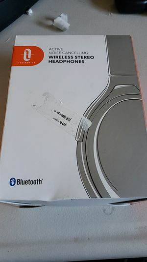 Taotronics active noise cancelling for Sale in Lake View Terrace, CA