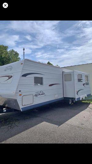 2005 29 ft jayco flight camper for Sale in Norfolk, VA