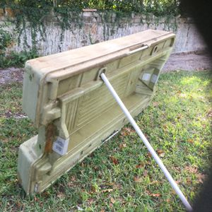 Float Boat 4x8 . FREE for Sale in Windermere, FL