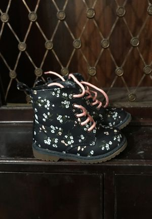Toddler girls Old Navy rain boots for Sale in Hazleton, PA
