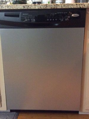 Free Whirlpool Dishwasher DUI055XTV02 for Sale in University Place, WA