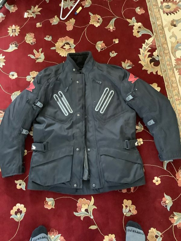 Honda Motorcycle/ ATV Heavy Jacket (triple layered jacket, each removable) NEVER WORN! SIZE: MENS LARGE)