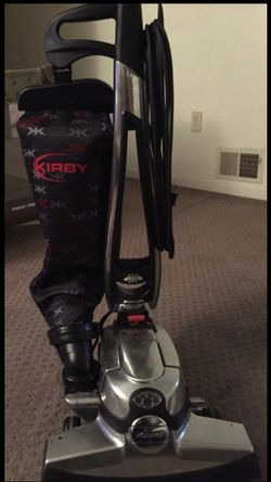 Kirby Avalir G10D Vacuum Cleaner with Tool Attachments, Shampooer, Warranty for Sale in Taylor,  MI