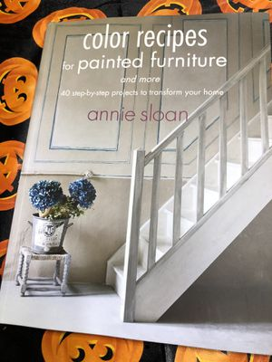 Annie sloan paint book for Sale in Fort Worth, TX