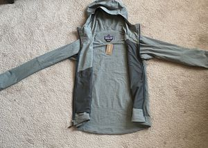 Patagonia Men's Small R1 TechFace Hoody for Sale in Columbus, OH