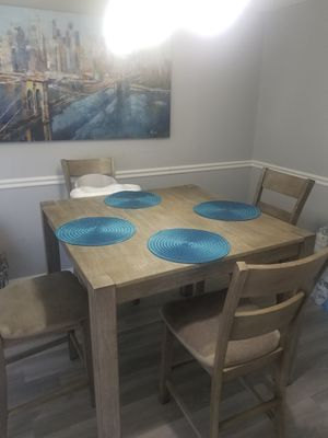 Kitchen/Dining Room High table for Sale in Randallstown, MD