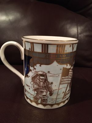 2000 NIB ROYAL WORCESTER MILLENNIUM MUG for Sale in Wichita, KS