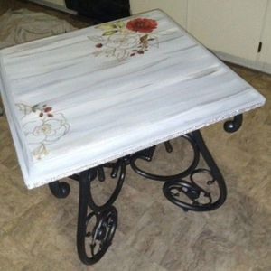 Gorgeous Coffee/Side Table for Sale in Lakewood, WA