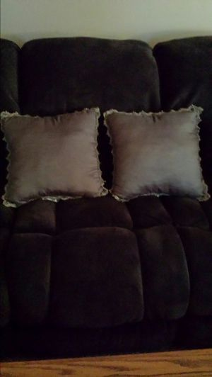 Throw pillows for Sale in Pittsburgh, PA