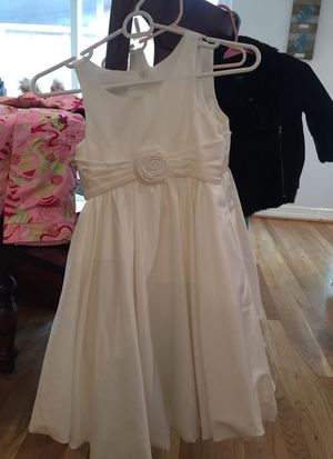 Flower girl dresses size 7 & 8 for Sale in Houston, TX