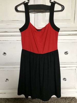 Woman's medium dress for Sale in Auburn, WA