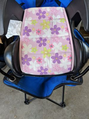 Booster car seat for Sale in Compton, CA