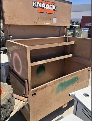 Tool box metal storage container for Sale in Oak Hills, CA
