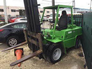 Clark forklift mechanic special for Sale in Hialeah, FL