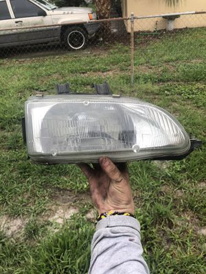 1994 Honda Civic headlight works perfectly for Sale in Tampa, FL