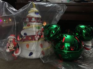 Disney Christmas popcorn bucket and green jingle bell cup for Sale in Norwalk, CA