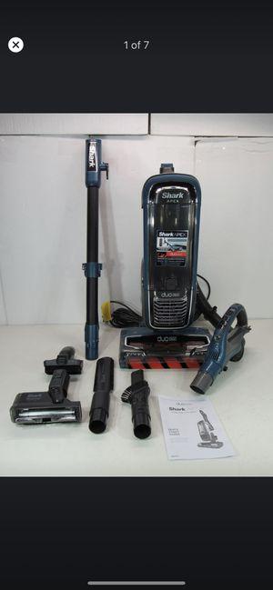 Shark APEX DuoClean Powered Lift-Away Vacuum AX952 for Sale in Norwalk, CA