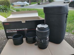 Sigma 105mm F2.8 EX DG OS HSM Macro for Sony for Sale in Citrus Heights, CA
