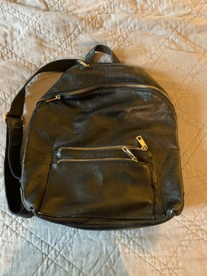 Black pebbled leather backpack for Sale in Granite Falls, WA