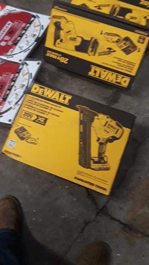 20v dewalt 15 Gaige nail gun 300 for Sale in Brockton, MA
