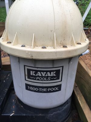 Kayak pool filter and Hayward pump for Sale in Laurel, MD