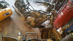 88 Suzuki intruder 1400 motorcycle for Sale in Spring Valley, CA
