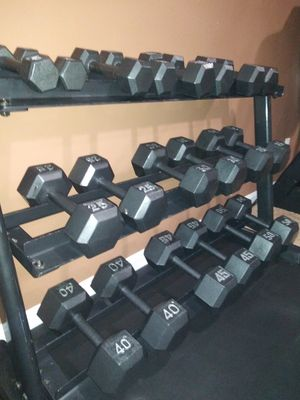 Dumbbell set. 5 to 50 lbs. for Sale in South Riding, VA