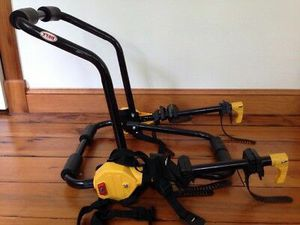 BELL 2-Bike Trunk-Mount Vehicle Bicycle Rack- Holds 2 bikes- Great Condition for Sale in Phoenix, AZ