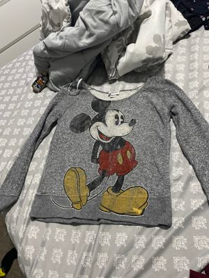 Mickey Mouse sweater for Sale in Las Vegas, NV