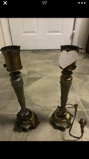 Two Green Antique Lamps for Sale in Thomasville, NC