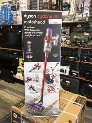 Dyson V10 Cyclone Motorhead Red Cordless Stick Vacuum Cleaner. NEW for Sale in Revere, MA