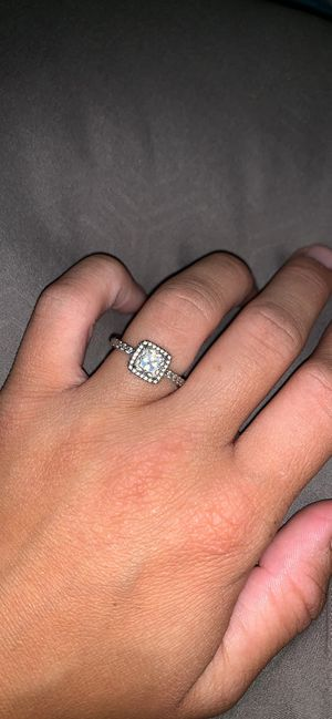 Ring for Sale in FT LEONARD WD, MO