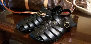 Gucci leather sandles 10men for Sale in Jurupa Valley, CA
