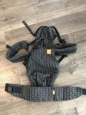 Tula Baby Carrier for Sale in Bonney Lake, WA