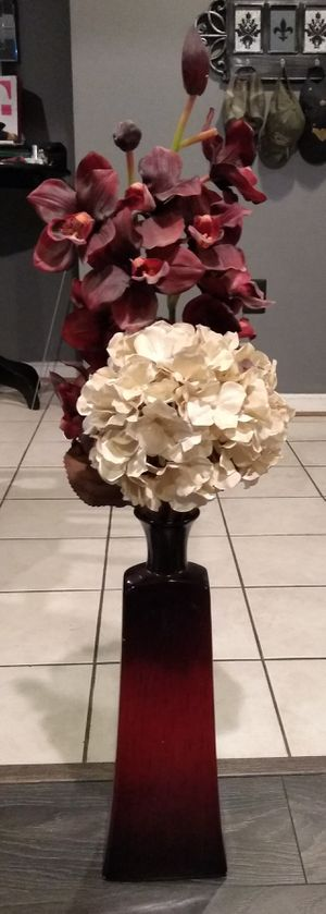 Vase with artificial flowers for Sale in Broadlands, VA