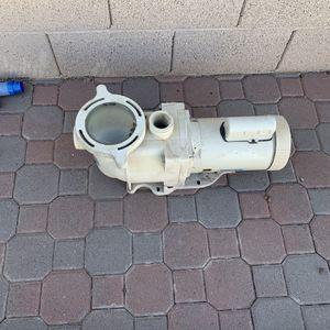 Pentair SuperFlo Pool Pump for Sale in Chandler, AZ