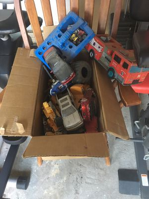 Free toys for Sale in Colton, CA
