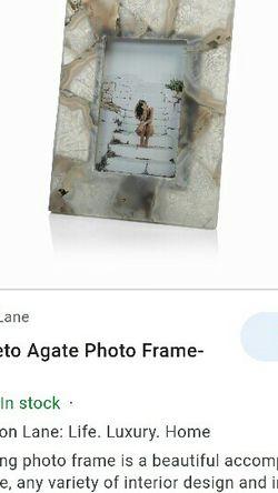 """Zodax Preto Agate Photo Frame 4"""" x 6"""" for Sale in Dallas,  TX"""