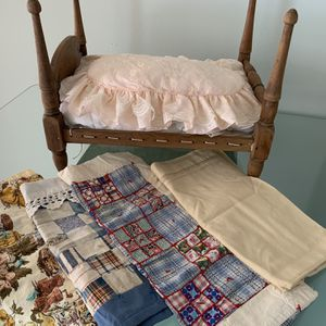 Antique Rope Doll Bed for Sale in Olympia Fields, IL