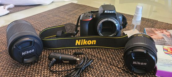 Nikon D3500 Professional Camera for Sale in Panama City Beach,  FL
