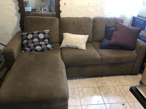 Sectional sleeper couch for Sale in Tampa, FL