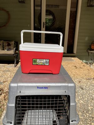 Small cooler for Sale in Gainesville, GA