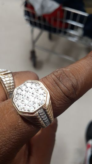 Mens 10kt 1 ctw real diamond ring for Sale in Winston-Salem, NC