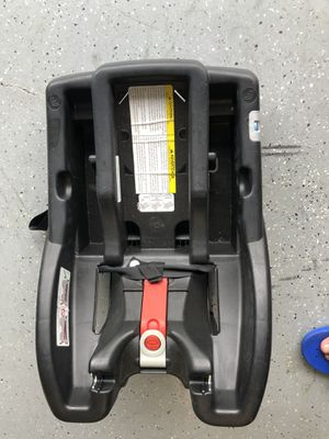 Graco Click connect car seat base for Sale in Port St. Lucie, FL