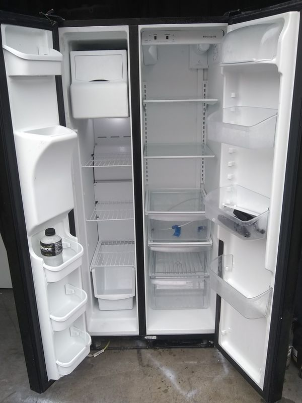 Refrigerator frigidaire 90 days warranty deliver free zize 33 wide