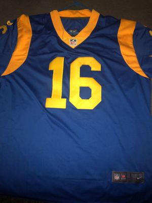 LA Rams Throwback Jared Goff Jersey Size L for Sale in Bakersfield, CA